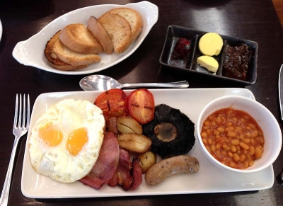 FULL ENGLISH TREAT AT THE ISLAND LANCASTER GATE