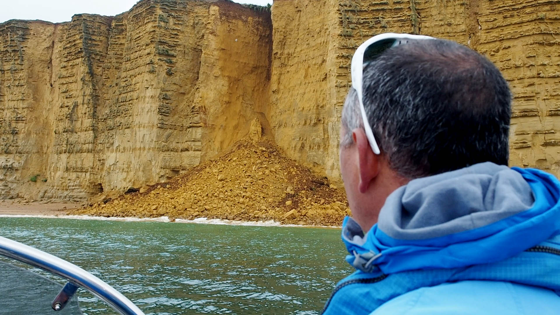 KILLER CLIFFS AT BROADCHURCH TV FILM LOCATION