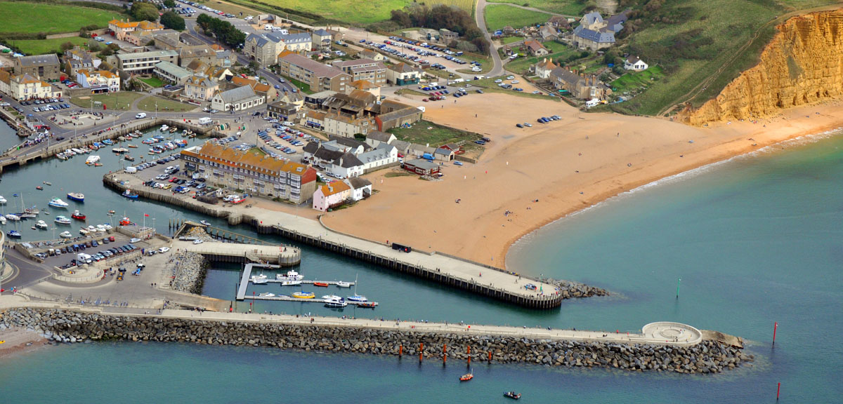 CHECK OUT BROADCHURCH FILM LOCATIONS